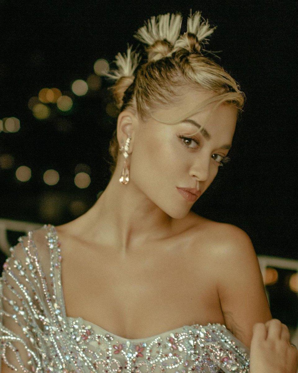 Ünlü şarkıcı Rita Ora, Bodrum'dan 5 milyon TL'ye ev aldı!