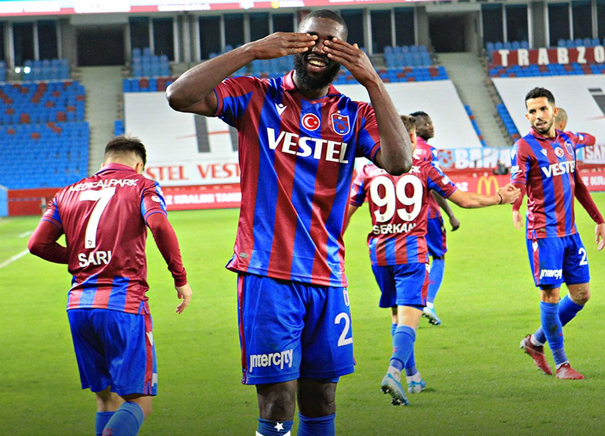 Trabzonspor evinde Çaykur Rizespor'u 2-1 mağlup etti