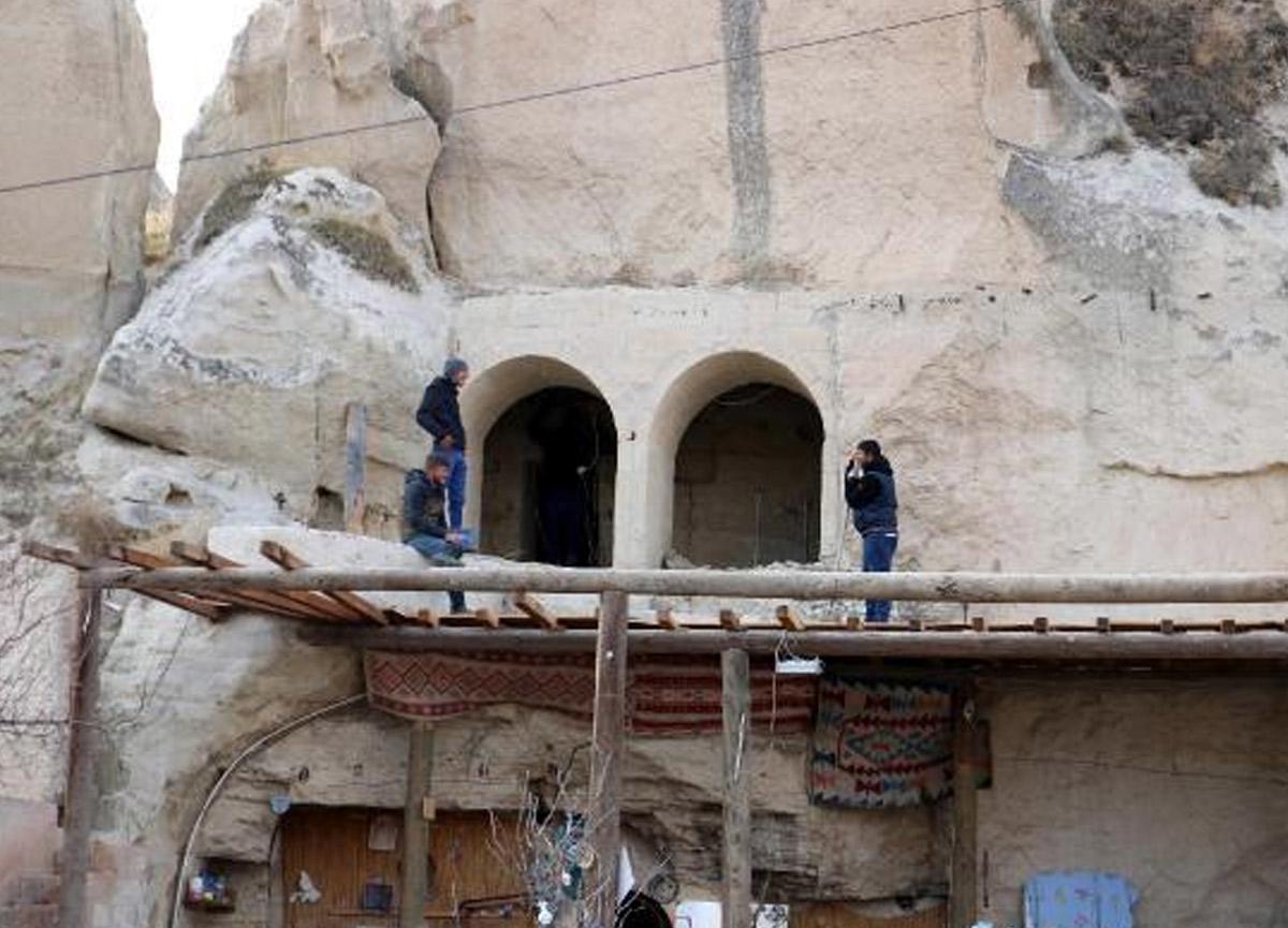 Kapadokya'da kaçak yapılara göz açtırılmıyor! 4 yarı daha yıkıldı