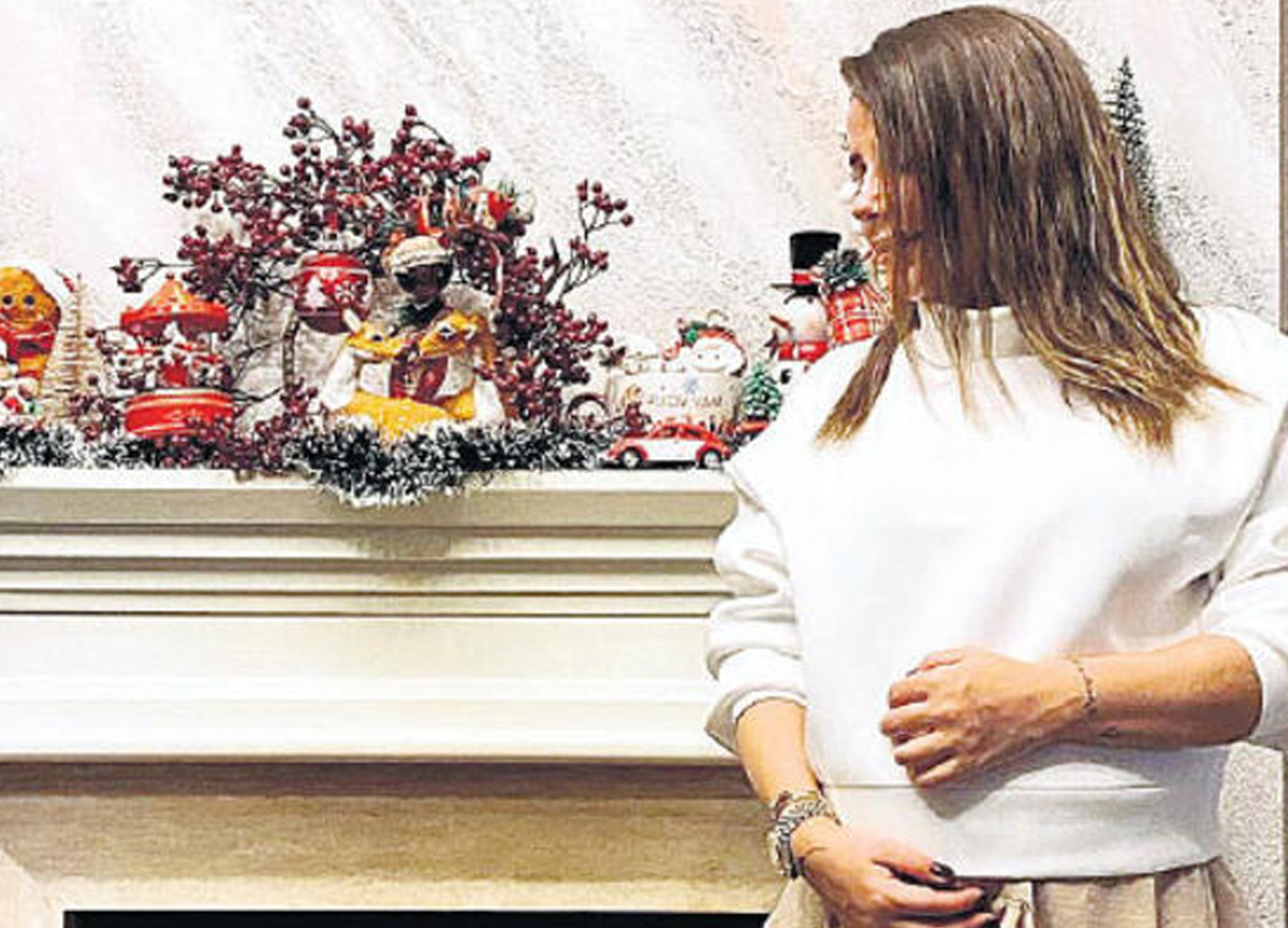 Şarkıcı Merve Özbey, kızına koyacağı ismi açıkladı