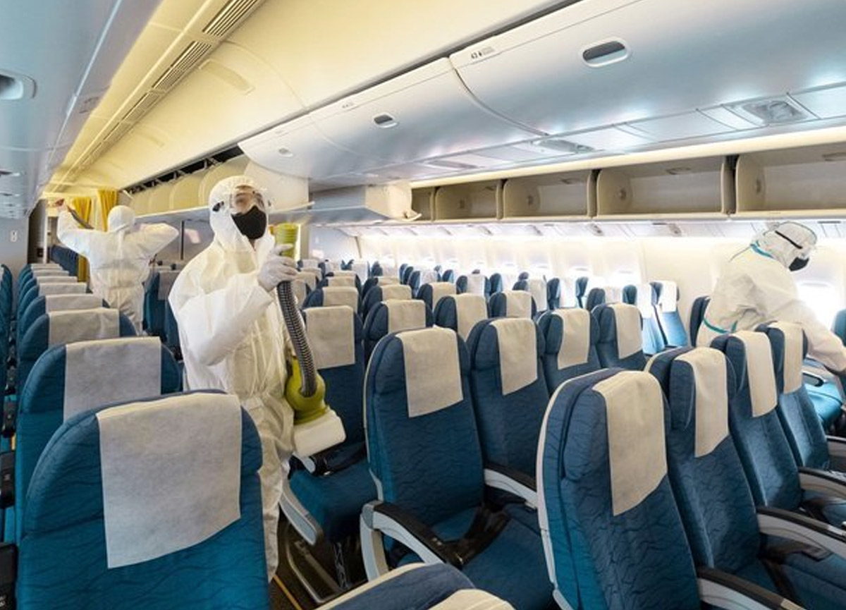 ABD'de büyük panik! Yolcu koronadan ölünce uçak acil iniş yaptı
