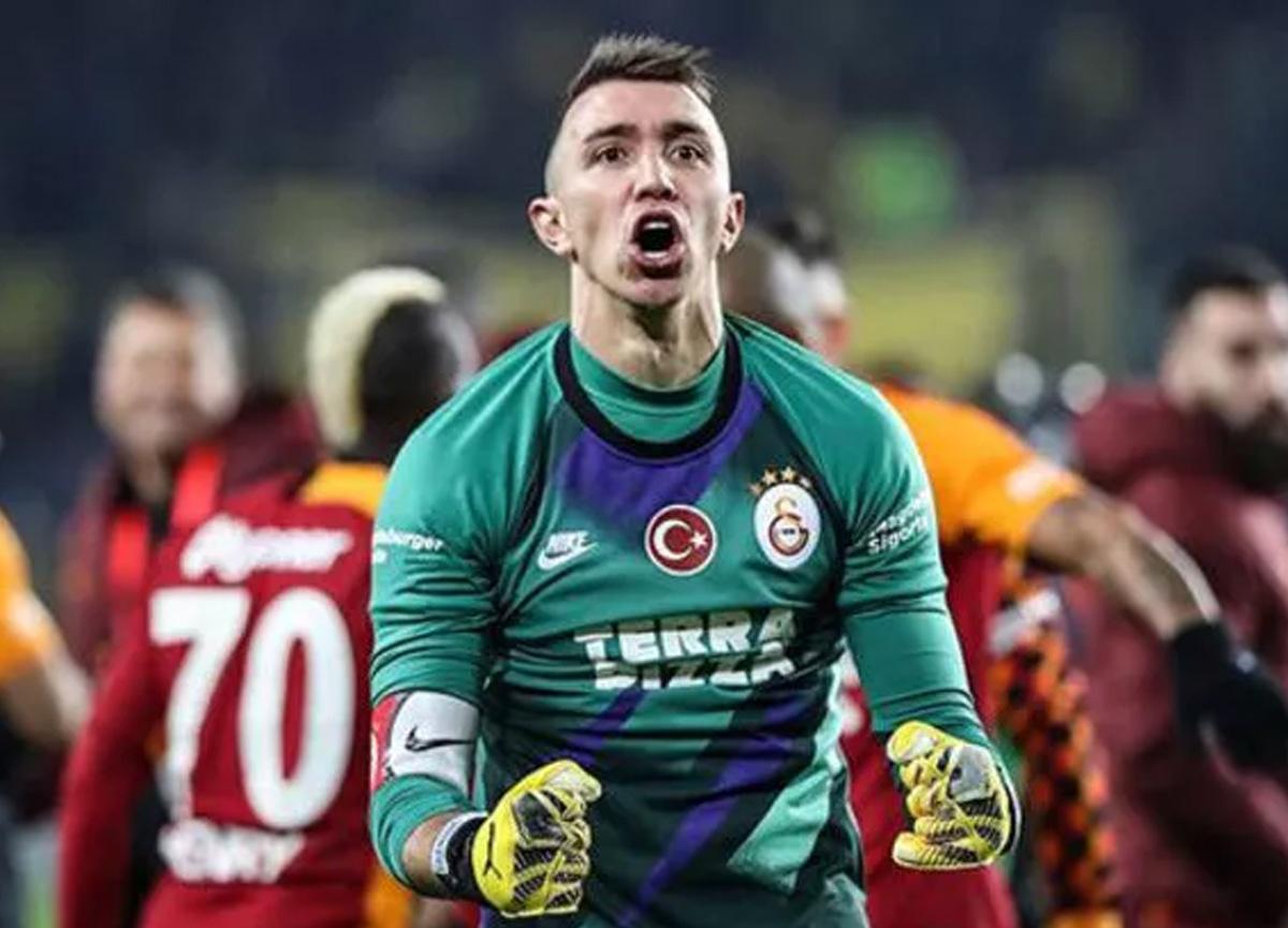 Galatasaray'a müjdeli haber! Muslera geri döneceği tarihi açıkladı...