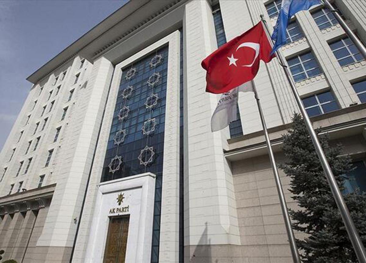 AK Parti'li Özkan'dan 'hayvan hakları düzenlemesi' müjdesi