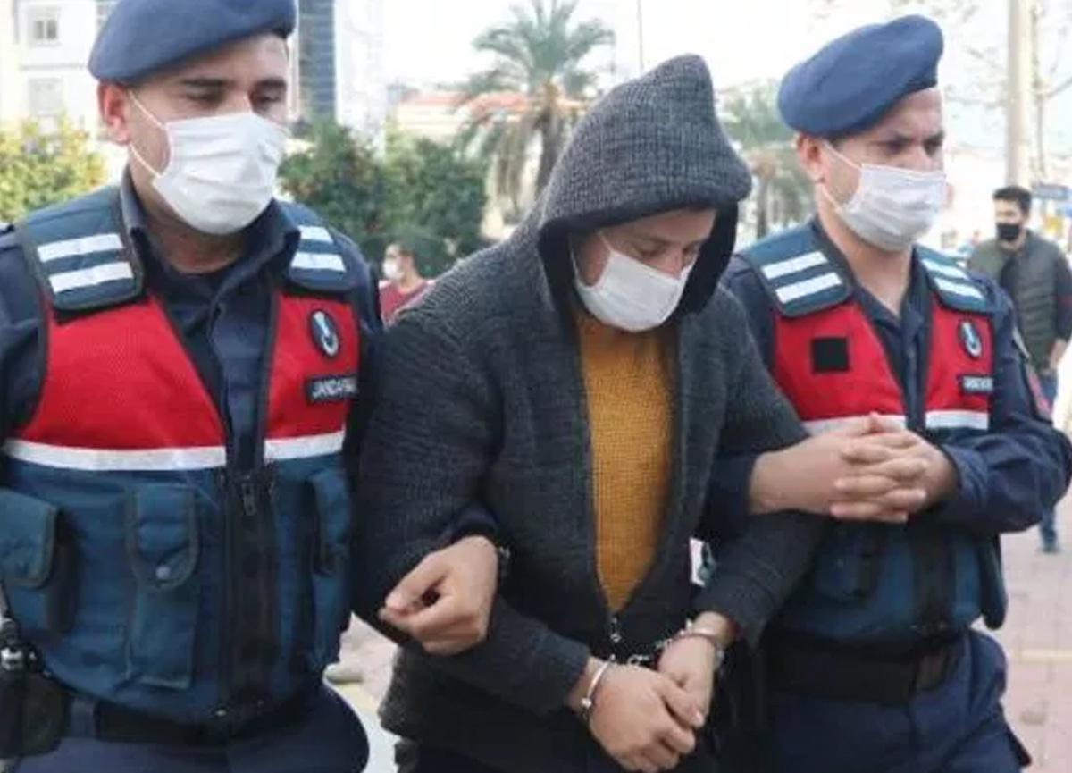 Antalya'da mide bulandıran olay! Rus kadının boğazına bıçak dayayıp taciz etti...