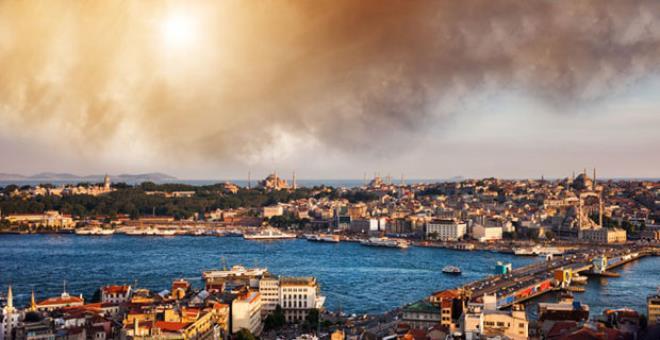 Ünlü astrologdan korkutan kehanet! İstanbul'un tepesinde bomba patlayacak gökyüzü adeta delinecek