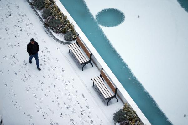 Başkent Ankara'da kar yağışı! Vatandaşlar yeni güne karla uyandı...