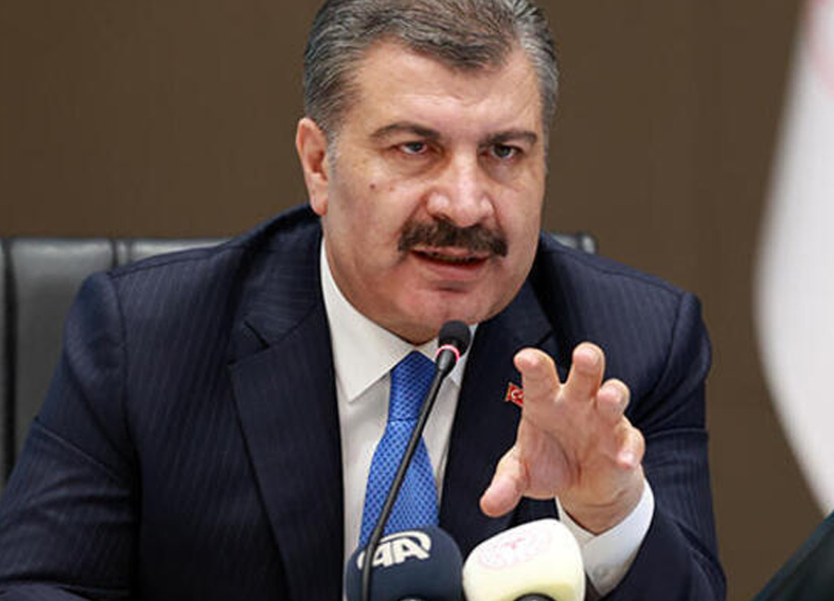 Sağlık Bakanı Fahrettin Koca aşı için müjdeyi verdi: Pazar gecesi yola çıkıyor