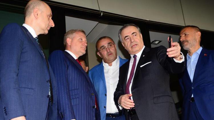 Süper Lig'de yer yerinden oynayacak! Galatasaray ile Başakşehir'den takas...