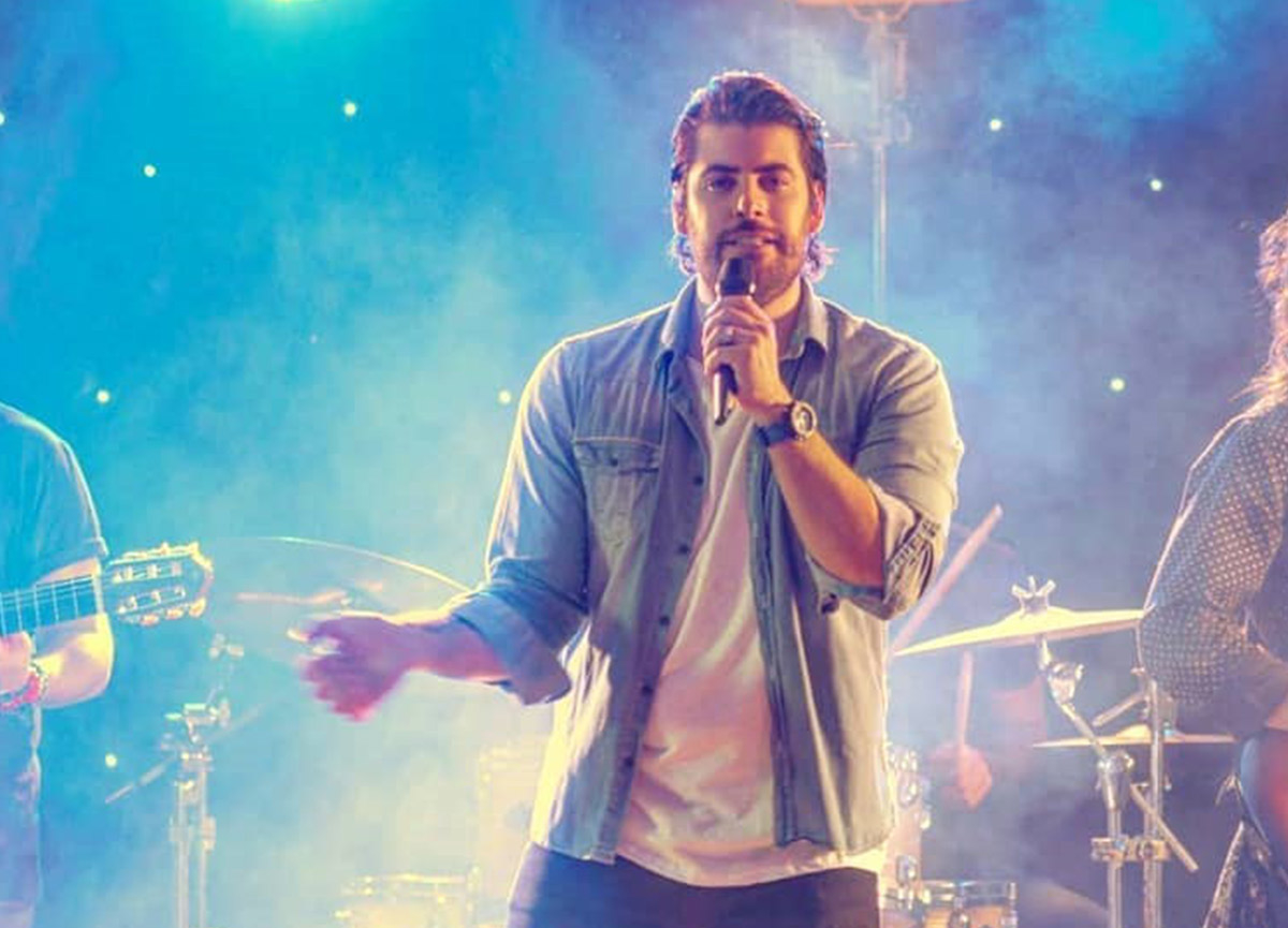 Sinan Güleryüz kimdir? Sinan Güleryüz'den O Ses Türkiye yılbaşı programına özel performans