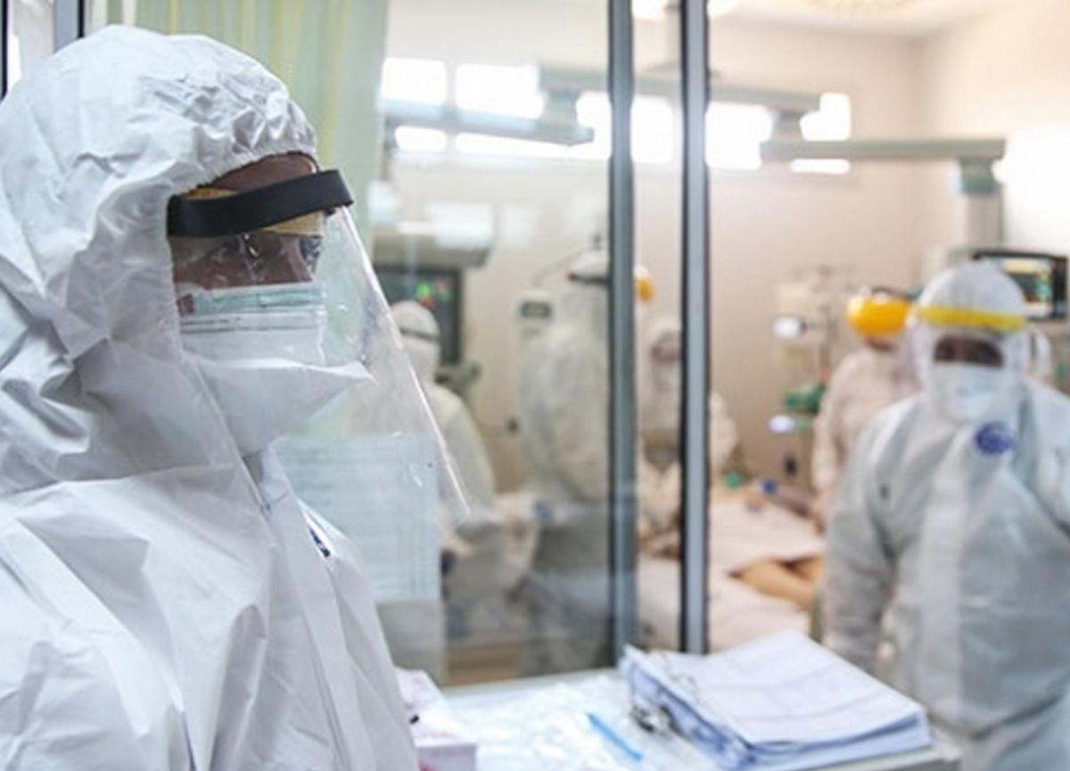 Mutasyona uğramış koronavirüs tespit edilen kişi öğrenci yurduna transfer edildi