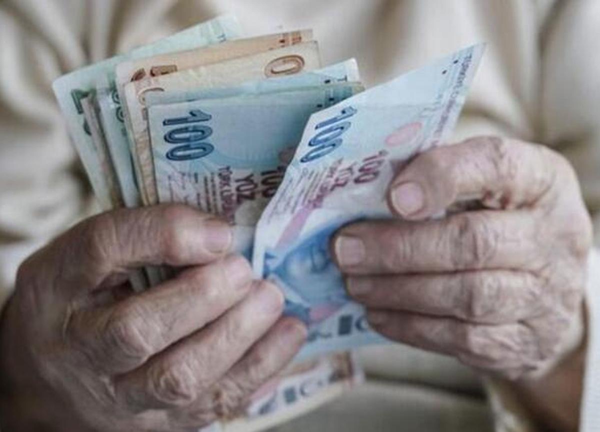 Memur ve emekli zammı ne kadar oldu? İşte 2021 memur ve emeklilerin zamlı maaş listesi