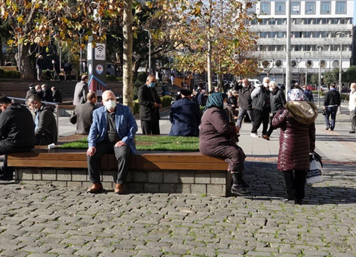 Bilim Kurulu üyesi Prof. Dr. Tevfik Özlü'den dikkat çeken açıklama: Kimse güvende değil