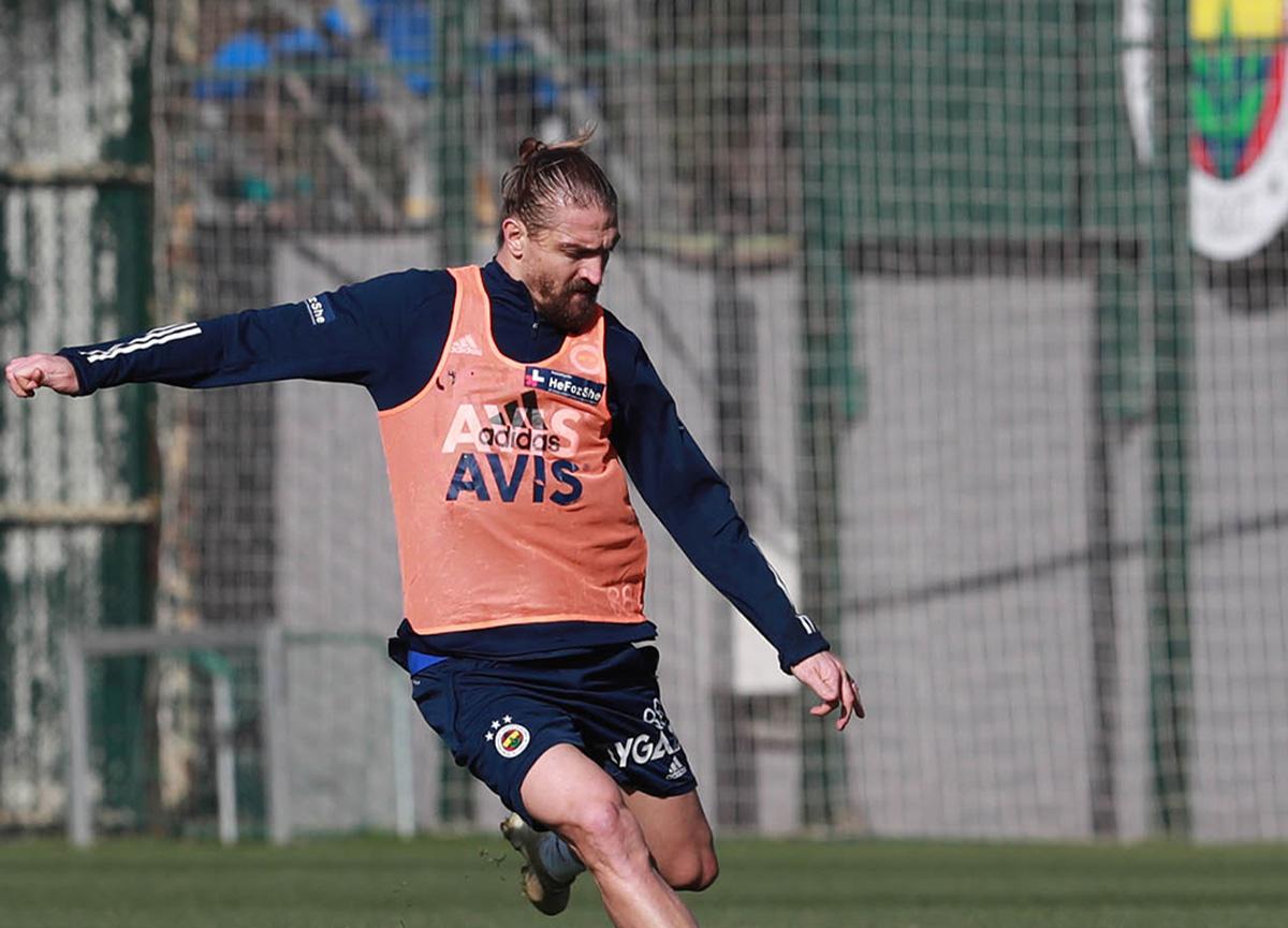 Fenerbahçe'de Caner Erkin gelişmesi! Geri döndü!
