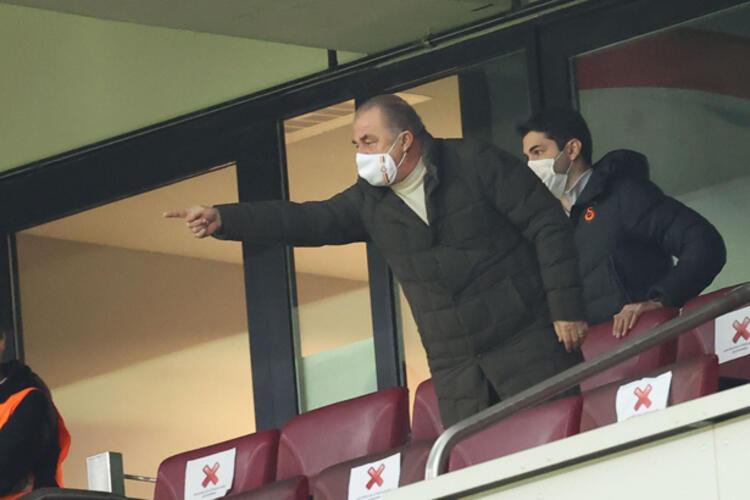 Galatasaray'da deprem! Emre Akbaba...