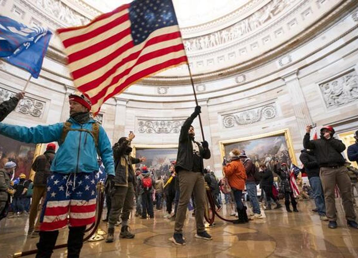 Amerika'da (ABD) neler oluyor? Amerika'da çıkan olayların nedeni ne?