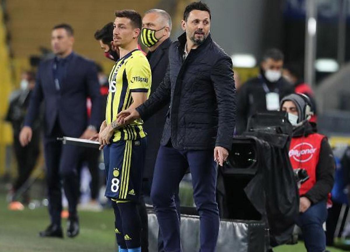 Fenerbahçe Teknik Direktörü Erol Bulut'tan Mesut Özil açıklaması