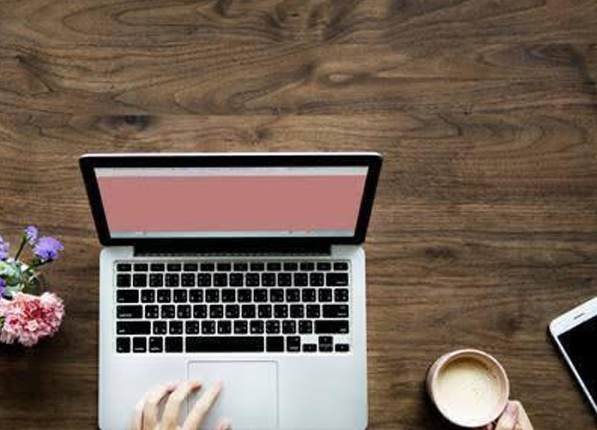 Pandemi sürecinde psikolojik destek almak isteyenlere online terapi