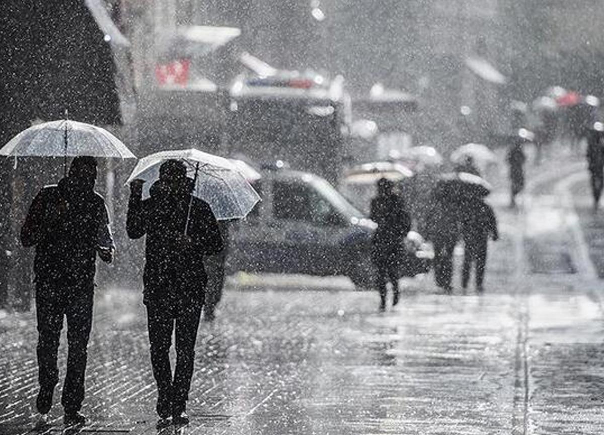 Meteoroloji'den soğuk ve yağışlı hava uyarısı! İstanbul hava durumu | Yağmur ne zaman yağacak?