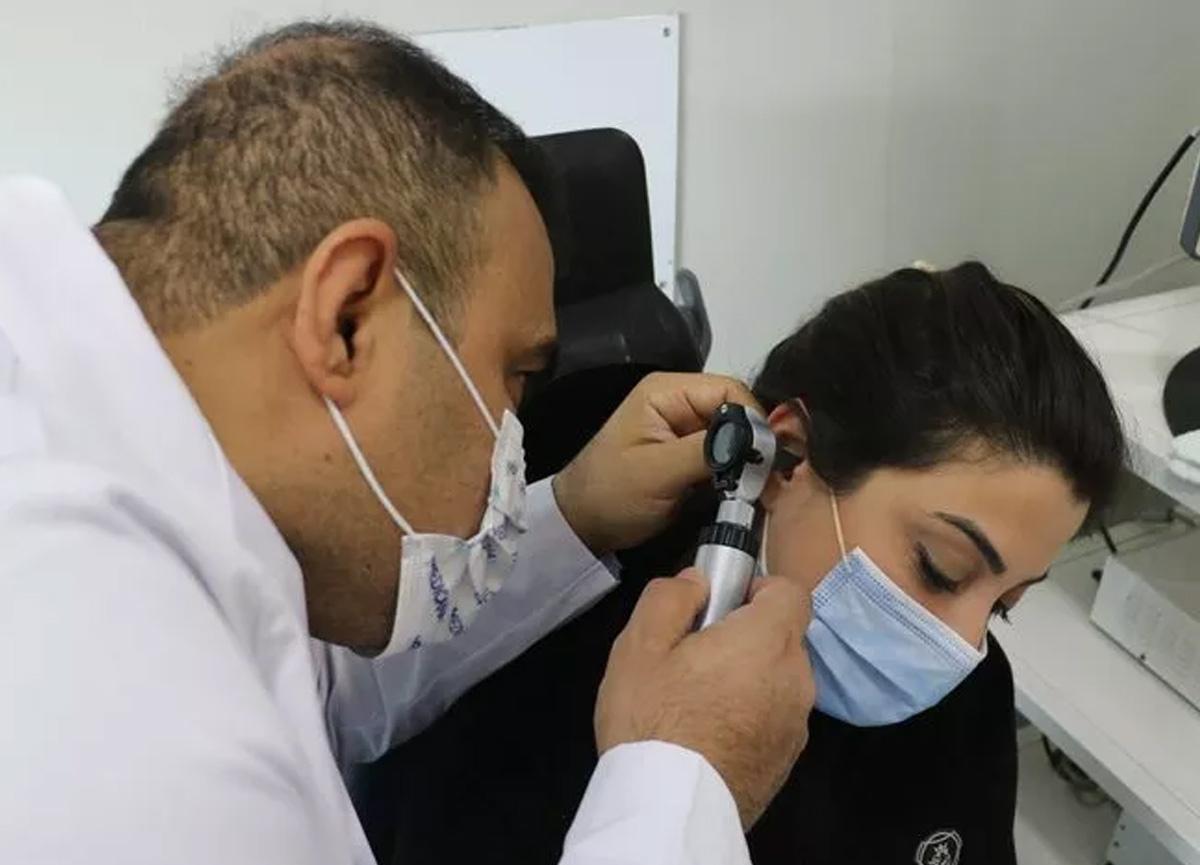 Sivas'ta koronavirüs hastalığını atlatan iki hastada ani işitme kaybı görüldü