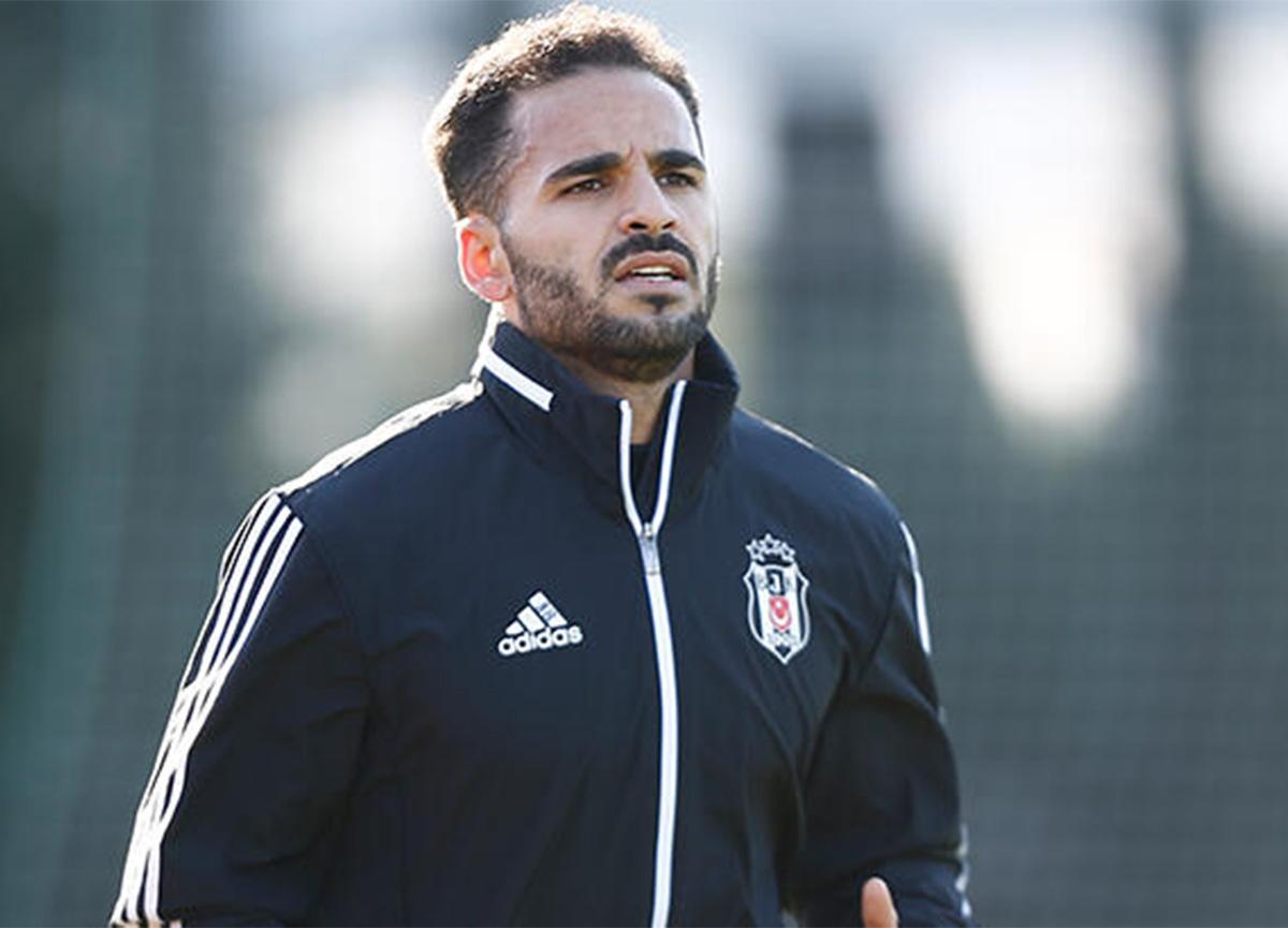 Beşiktaş, Brezilyalı sağ bek Douglas ile yollarını ayırıyor!
