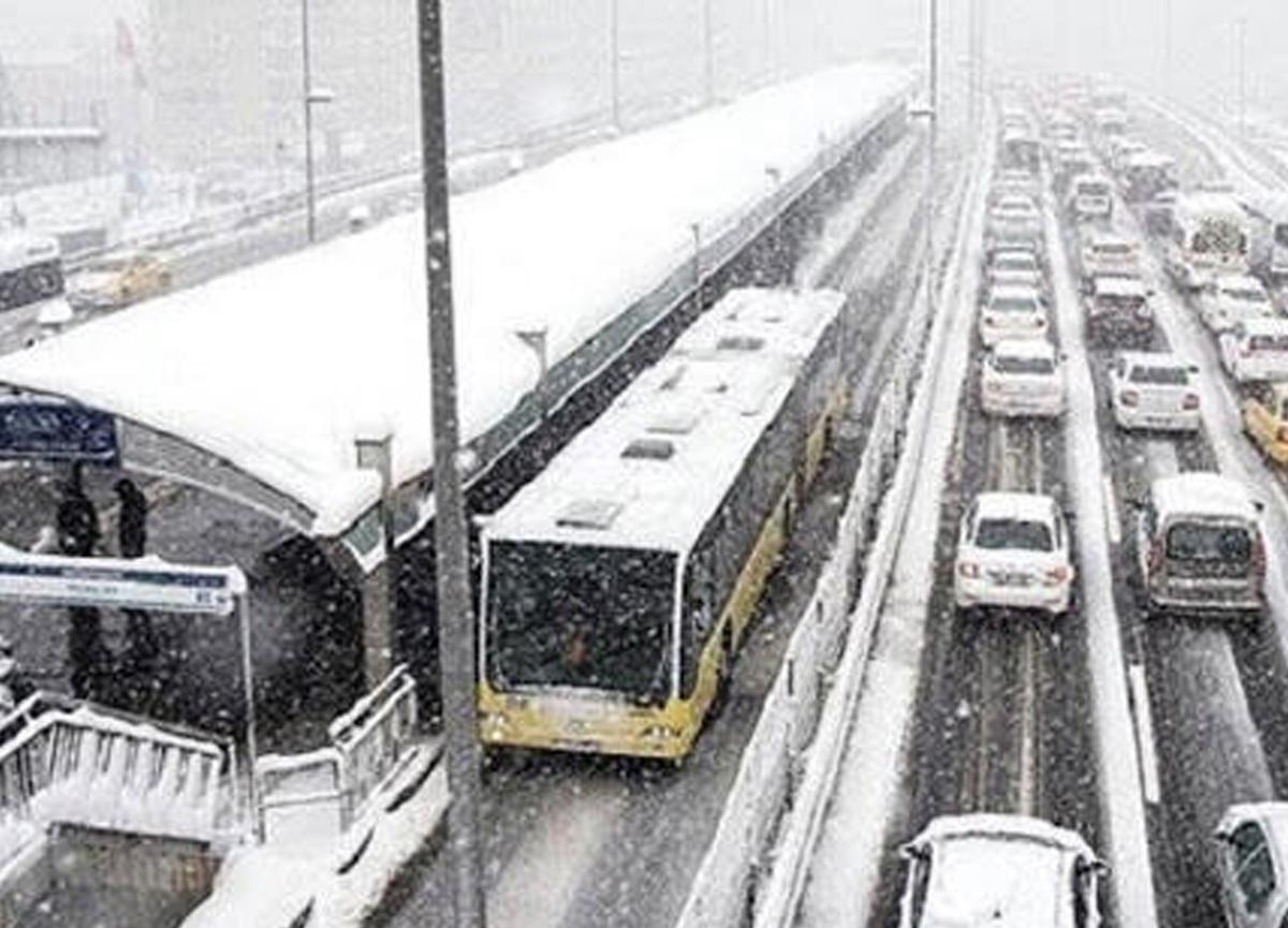 İstanbul'a kar ne zaman yağacak? Meteoroloji'den kar yağışı açıklaması...