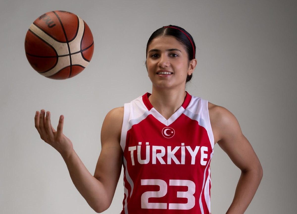 Survivor Merve Aydın kimdir? Survivor 2021 yarışmacısı Merve Aydın kaç yaşında, nereli, hangi takımda oynuyor?
