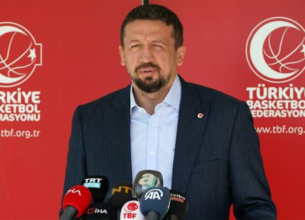 Hidayet Türkoğlu'ndan iddialara yanıt: 'Görevime devam ediyorum'