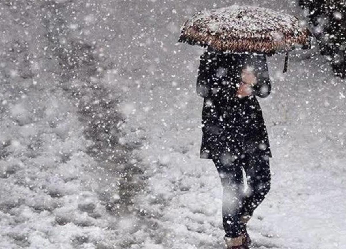 İstanbul'a kar yağacak mı? Ne zaman yağacak? Bünyamin Sürmeli tarih verdi: Sımsıkı giyinin