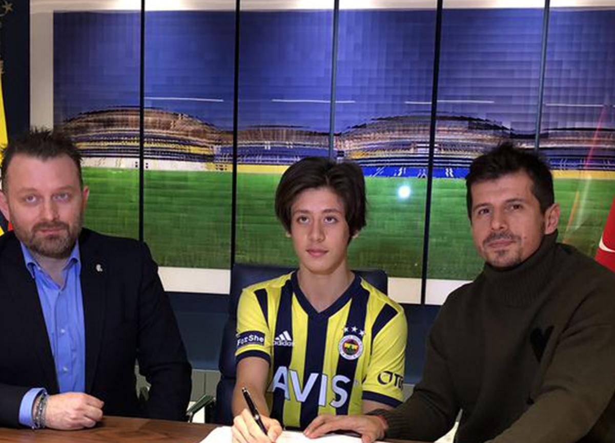 Fenerbahçe'de son dakika transfer gelişmesi: 2005 doğumlu Arda Güler ile sözleşme imzalandı