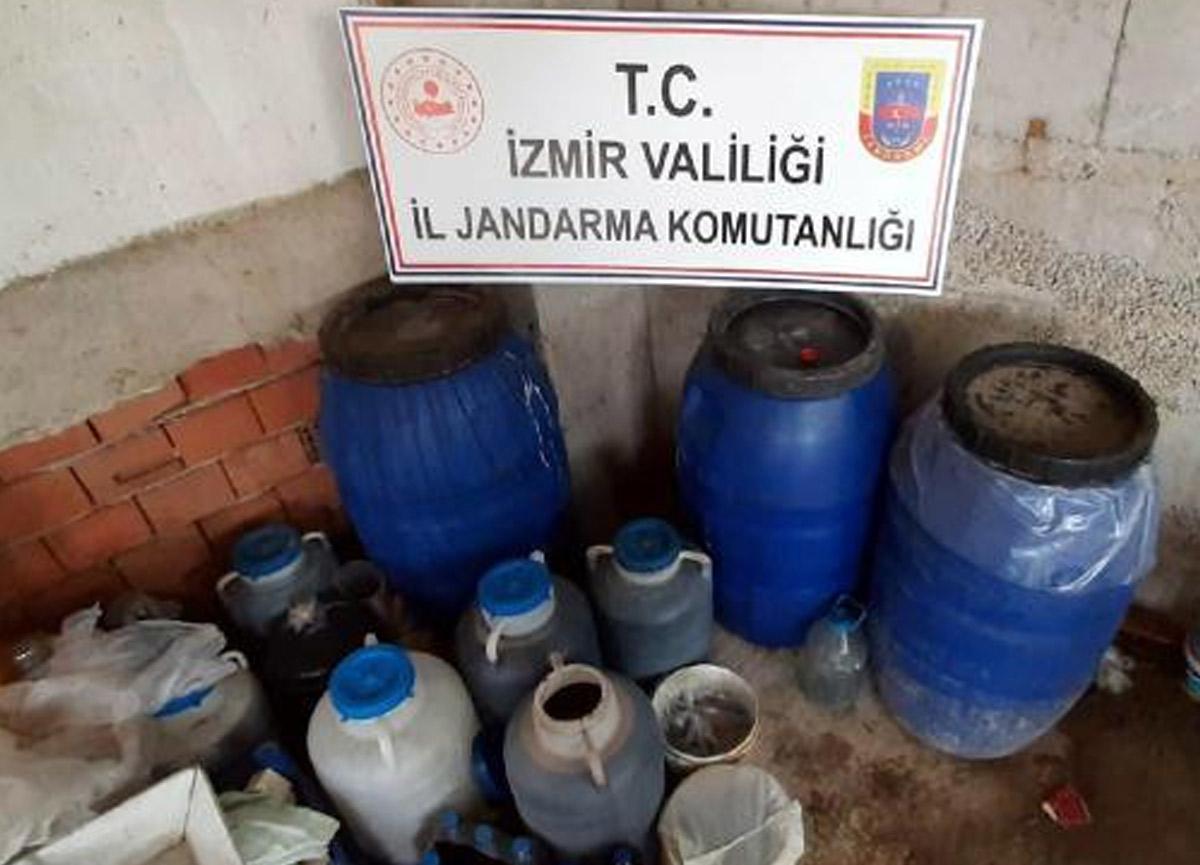 İzmir'de 600 litre kaçak şarap ele geçirildi