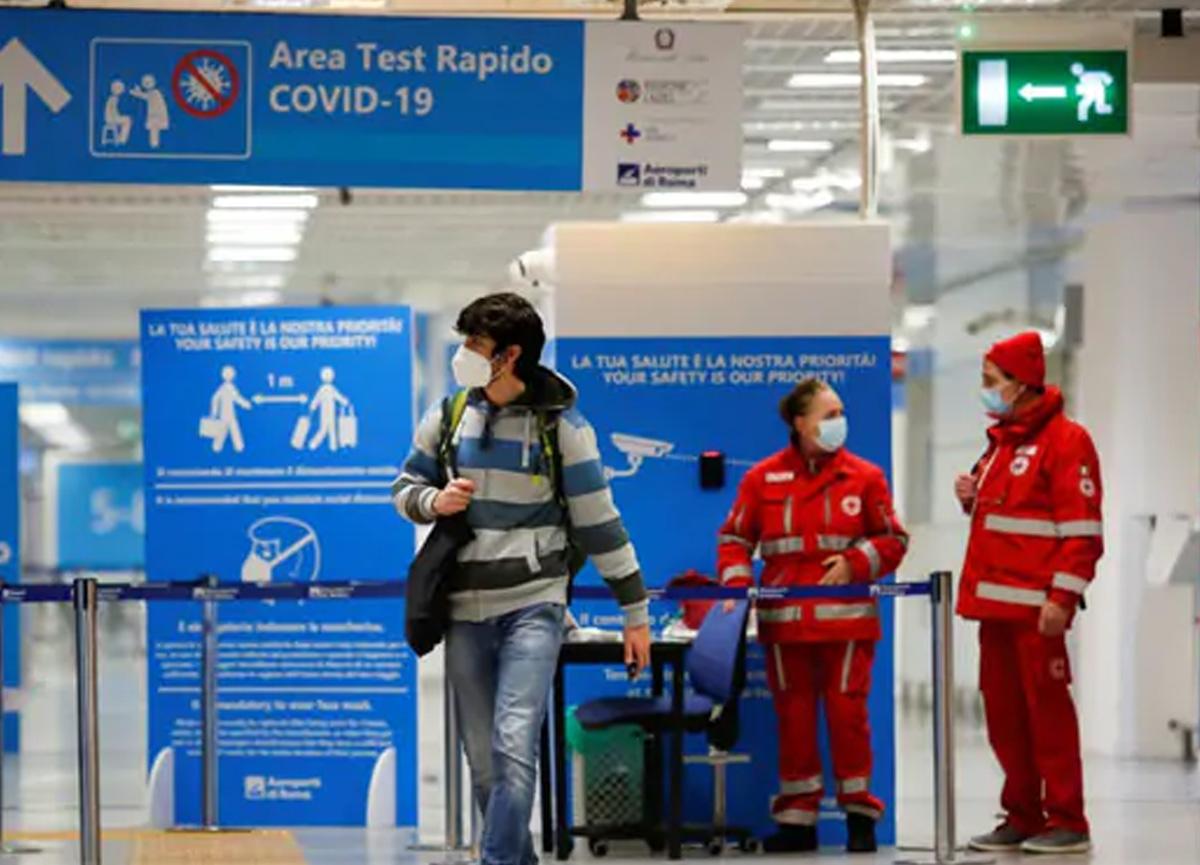 İngiltere, seyahat koridoruna son veriyor! Ülkeye giriş-çıkışlar kapatıldı...
