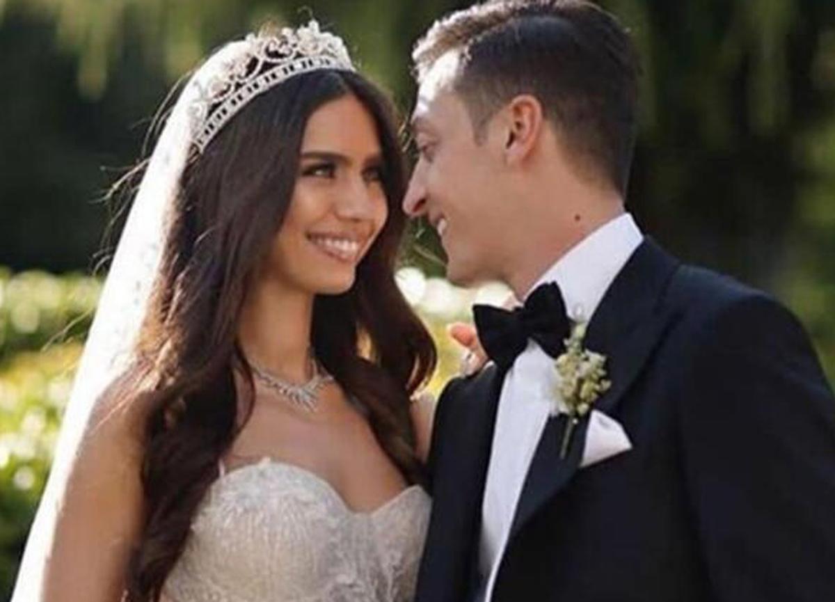 Amine Gülşe kimdir? Fenerbahçe'nin yeni transferi Mesut Özil'in eşi Amine Gülşe kaç yaşında, nereli?