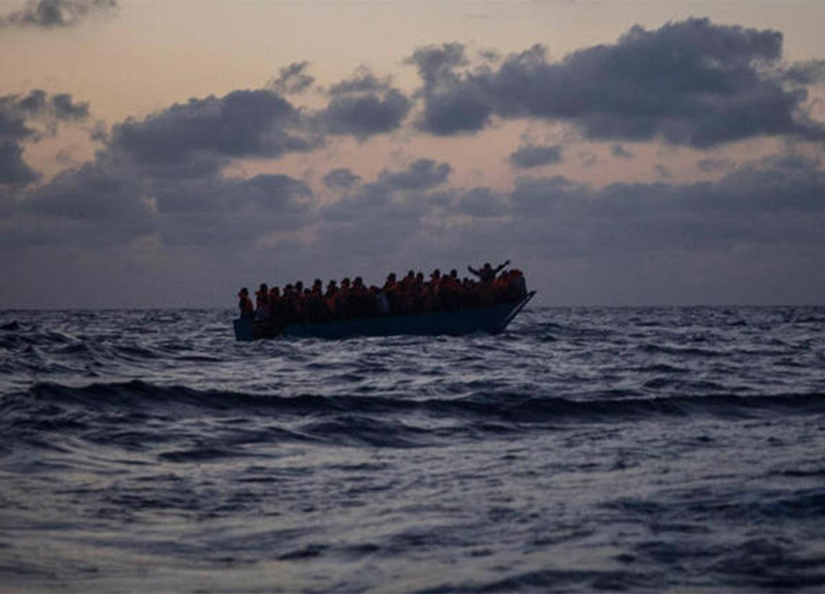 Son dakika: Akdeniz'de göçmen teknesi battı