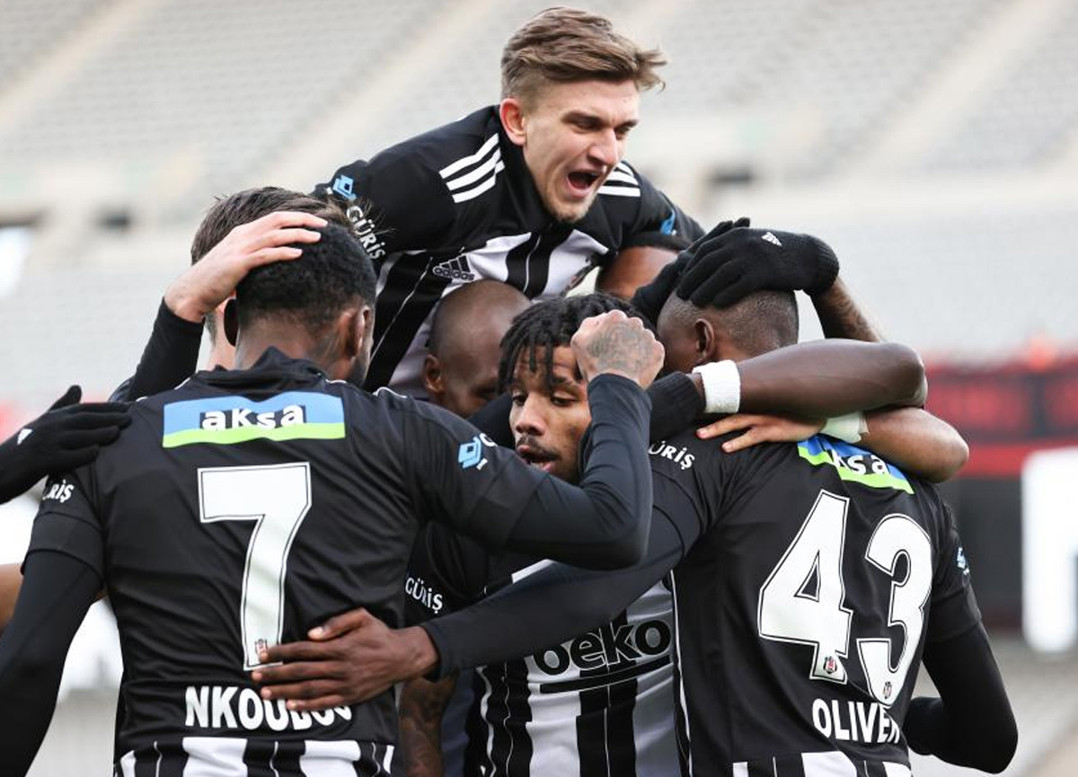 Fatih Karagümrük 1-4 Beşiktaş