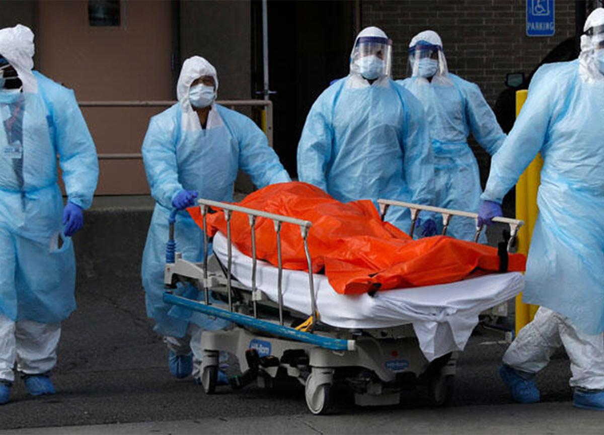 İngiltere'de kabus! Yetkililer hastaneleri 'savaş alanına' benzetti