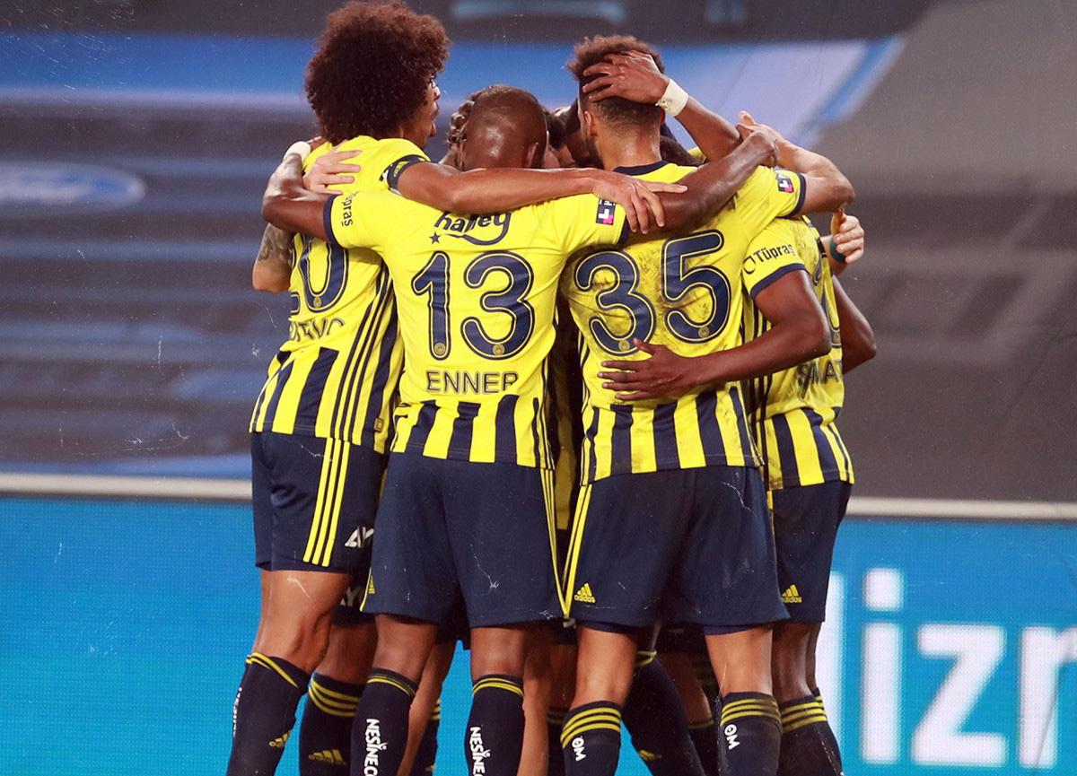 Fenerbahçe evinde Kayserispor'u 3-0 mağlup etti