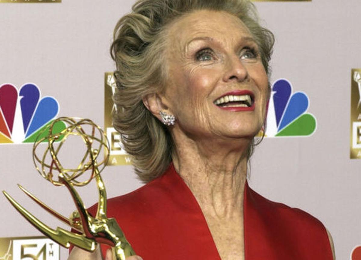 SON DAKİKA   Ünlü aktris Cloris Leachman 94 yaşında hayatını kaybetti!