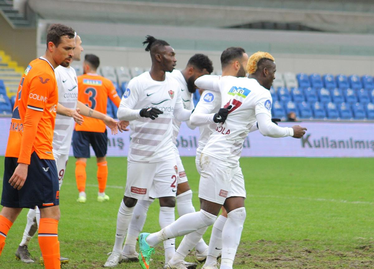 Başakşehir evinde Hatayspor'a 5-1 mağlup oldu