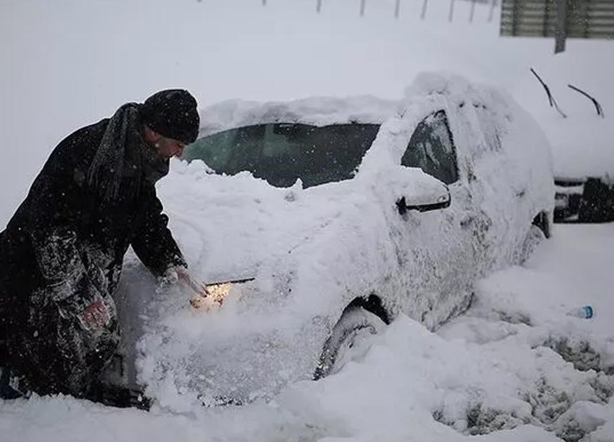 İstanbul'a 1987 karı yağacak iddiası üzerine Meteoroloji'den hava durumu tahminleri geldi