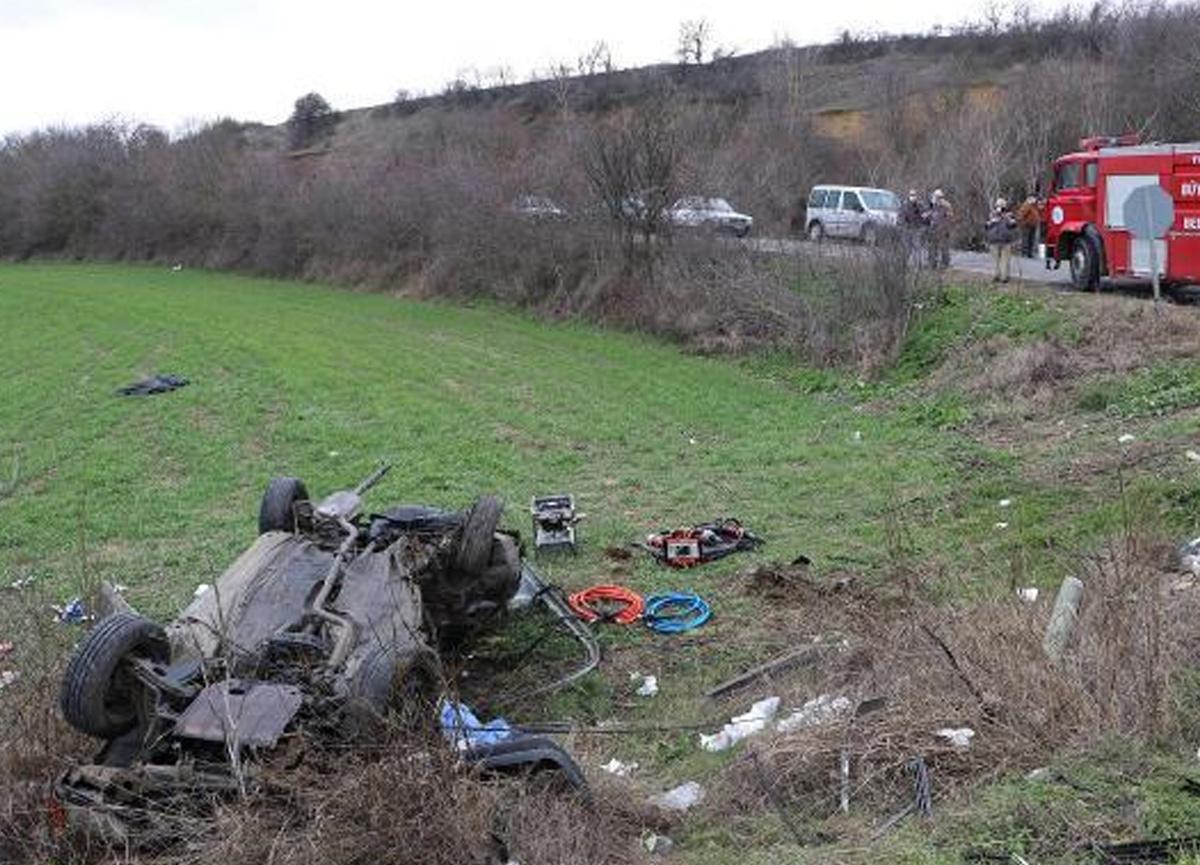 Tekirdağ'da katliam gibi kaza: 2 ölü, 4 yaralı
