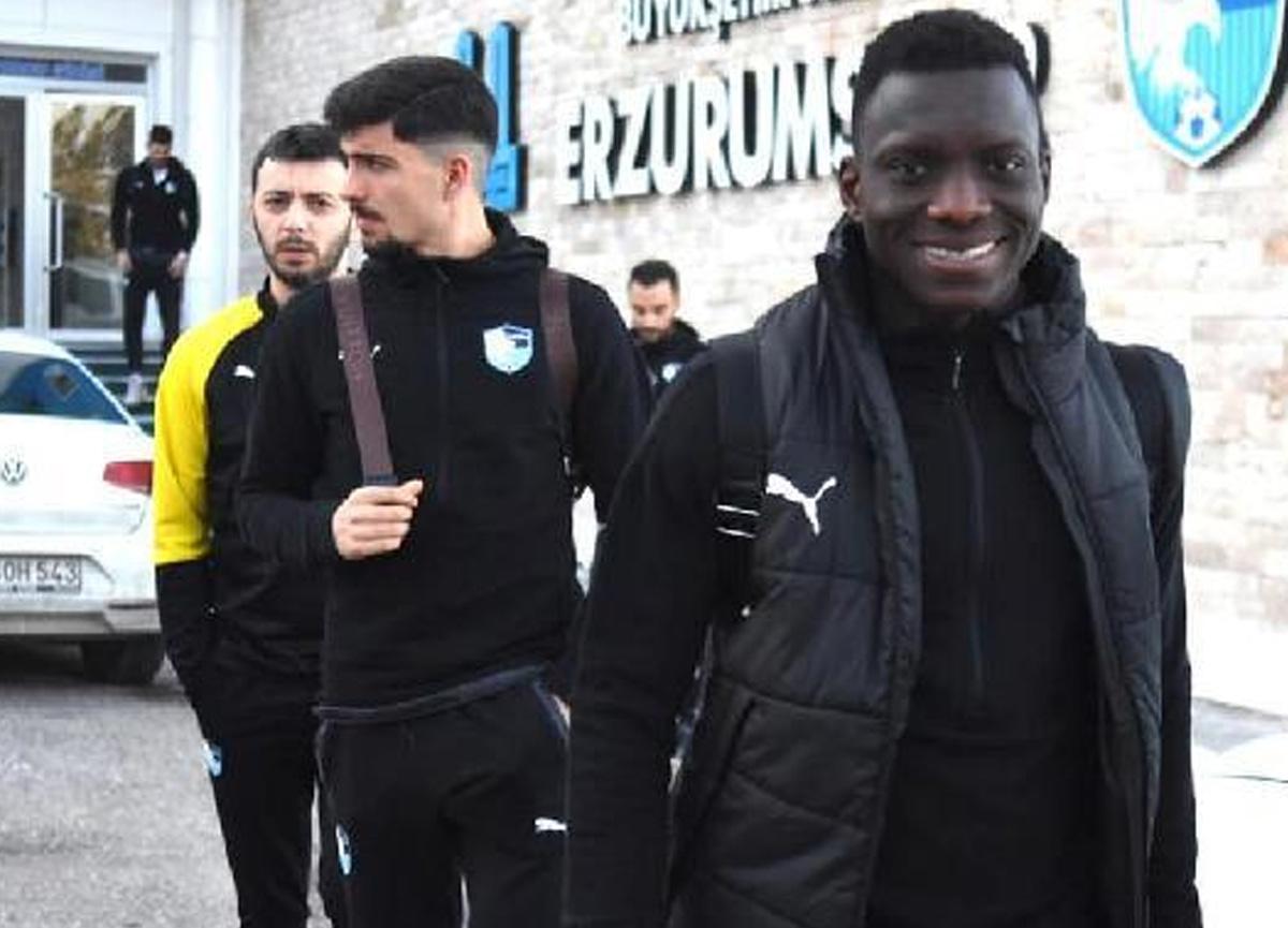 Erzurumspor'da büyük değişiklik! 11 futbolcu gitti, 12 futbolcu geldi