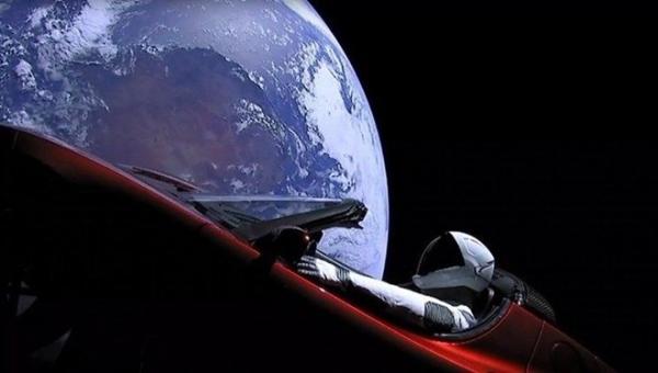 Elon Musk'tan uzay çekilişi! Kazanan uzaya gidecek 4'üncü kişi olacak