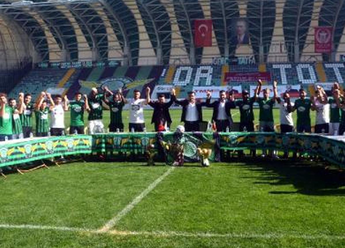 26 transfer yapan Akhisarspor'dan gövde gösterisi