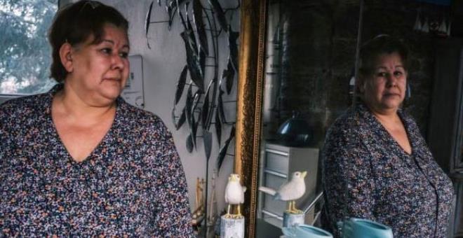 Evine gelen mahkeme kararında ölü olduğunu gören kadın, yıllardır yaşadığını kanıtlamaya çalışıyor
