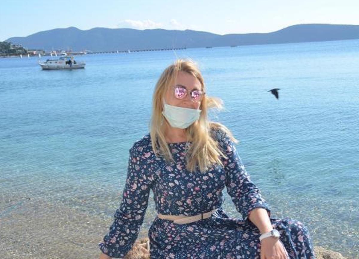 Vatandaşlar kısıtlamaya takıldı, güneşin tadını turistler çıkardı
