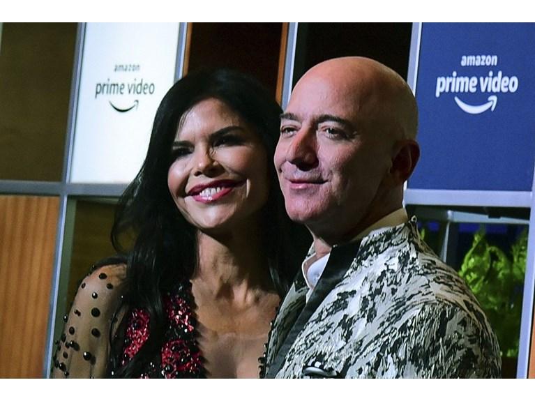 Jeff Bezos ile Lauren Sanchez'in romantik tatili