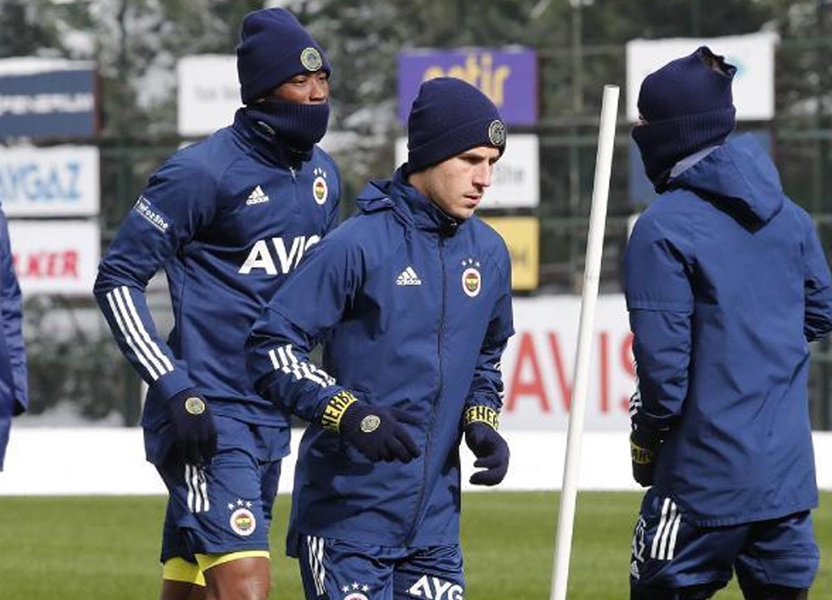 Fenerbahçe'de Pelkas mutluluğu! Takımla çalışmaya başladı
