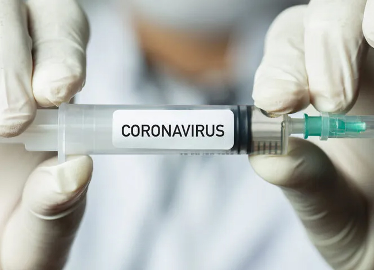 Bu belirtileri gösterdiyseniz dikkat! Kalp ve tansiyon hastalarına aşı uyarısı...