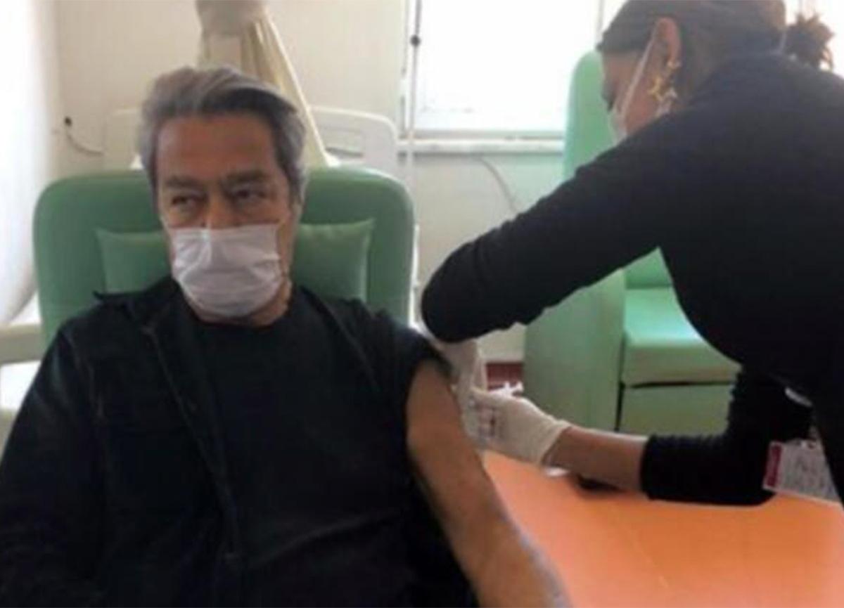 Ünlü oyuncu Kadir İnanır, koronavirüs aşısı oldu