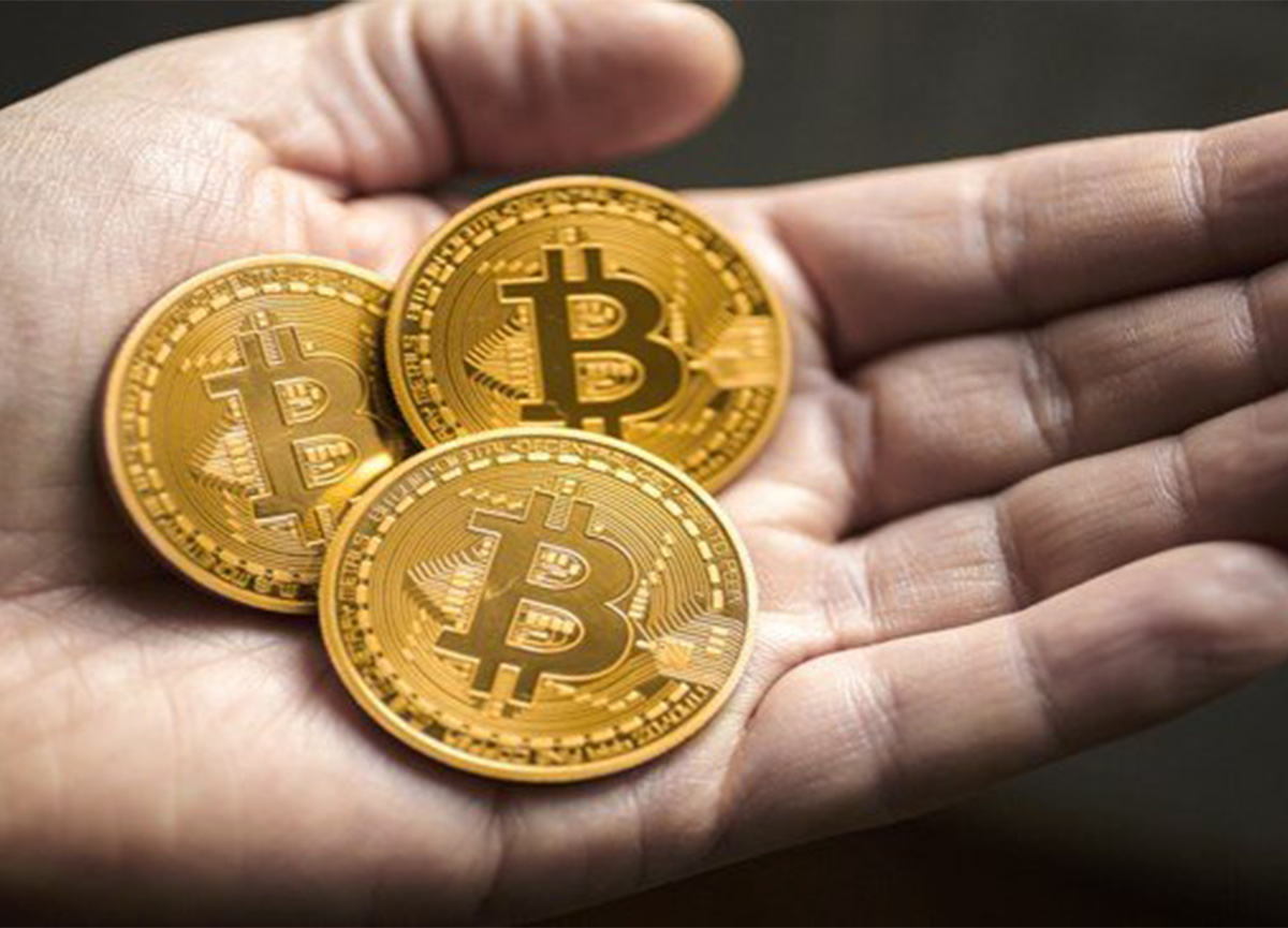 Bitcoin'den yeni zirve! Rekor üzerine rekor
